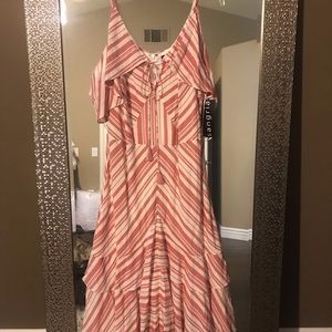 Dresses & Skirts - Summer dress with tags